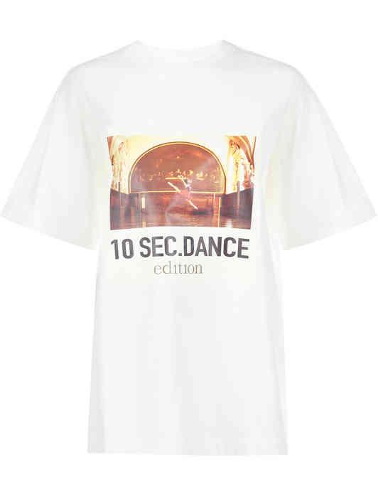 MO&CO. футболка