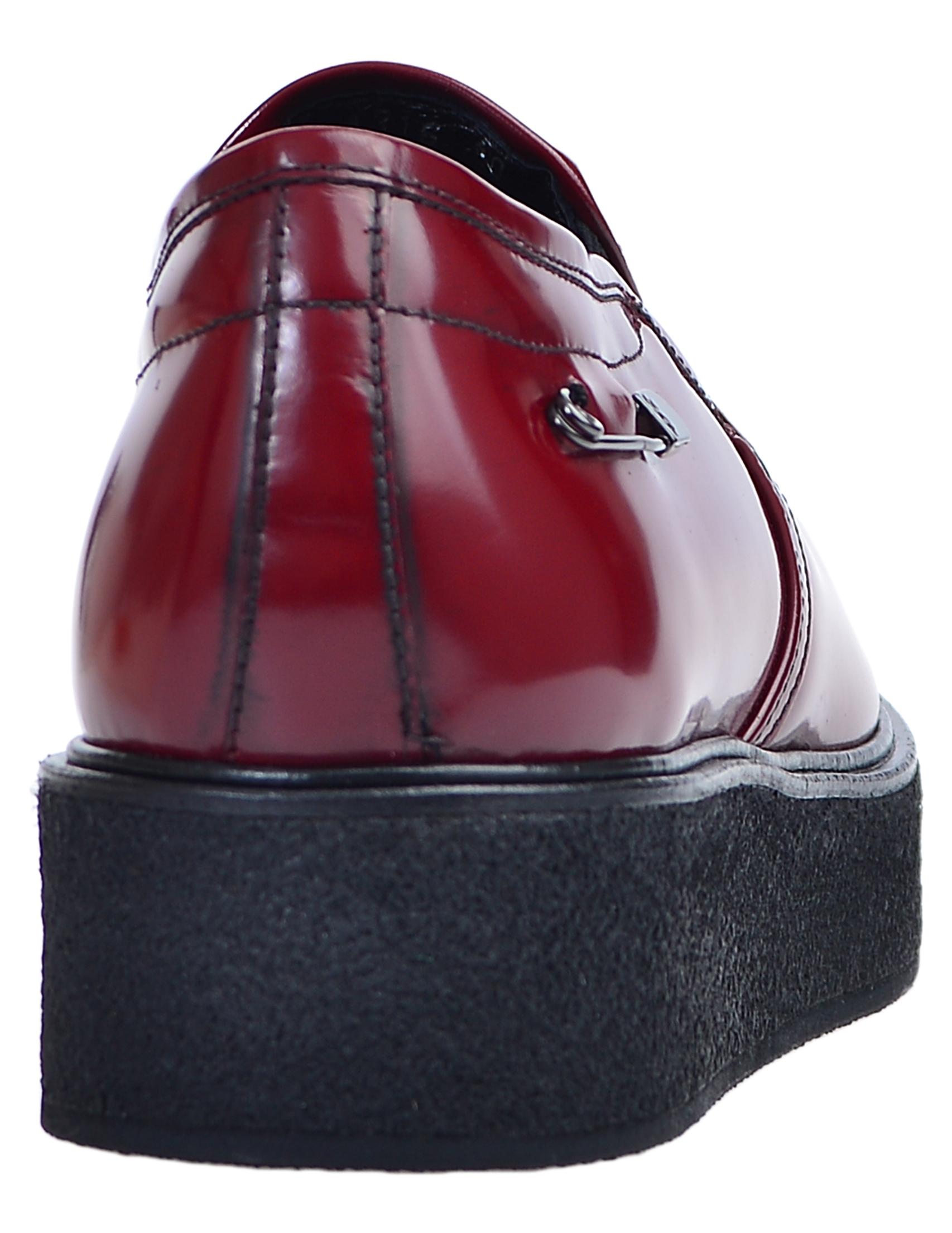 Фото 3 - женские туфли  красного цвета
